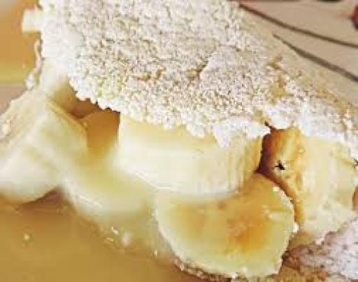 Tapioca Banana, Leite Condensado, Mussarela e Canela