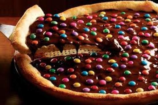 Pizza Média Chocolate M&m