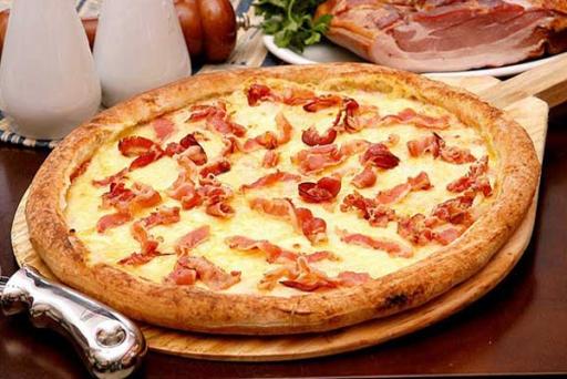 Pizza Grande Bacon + Borda Gratis