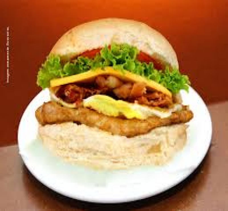 X Frango Bacon Salada
