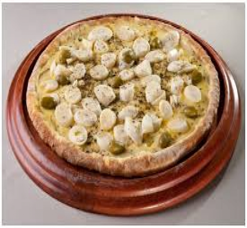 Pizza Média Palmito + 1 Pizza Média + Kuat