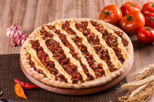 Pizza Grande Carne Seca + Mineiro 1,5L Grátis