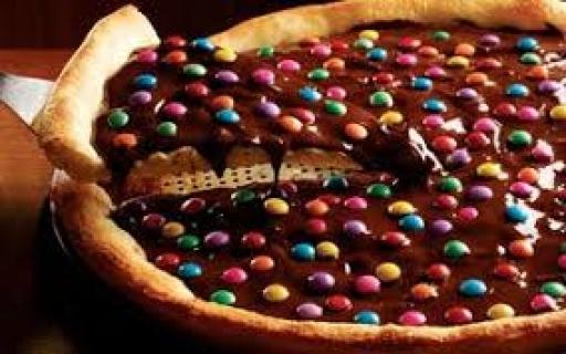 Pizza Grande Confetti + Mineiro 1,5L Grátis