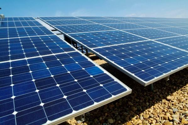 Os painéis fotovoltaicos para a produção de energia