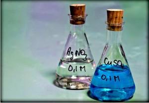 Soluções de Nitrato de Prata 0,1M e Sulfato de Cobre 0,1M
