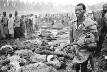 Consequências do confronto entre os grupos étnicos em Ruanda. Hutus promoveram um genocídio contra os Tutsis