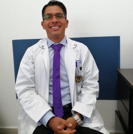 Dr Carlos Andres Beltran Hernandez Ginecologo Bogota