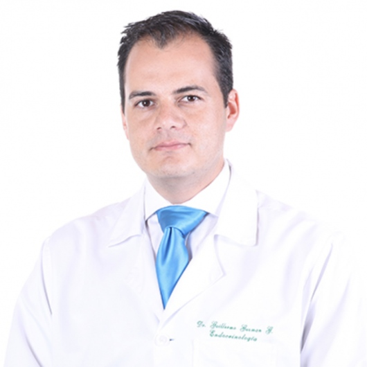 que trata el doctor endocrinologo
