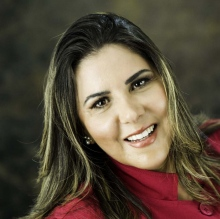 Kitty Borges - Dentista Salvador