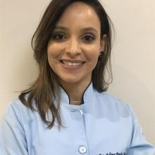 Juliana Martins - Dentista Goiânia