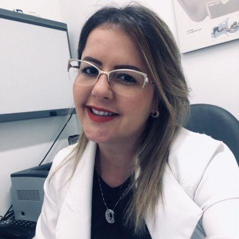 Lise Barreto de Oliveira