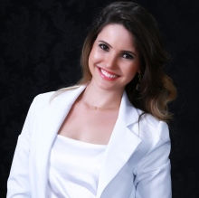 Bruna C. Mazzaro - Dentista Maceió
