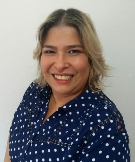 Claudia de Vasconcelos dos Santos de Carvalho e Silva