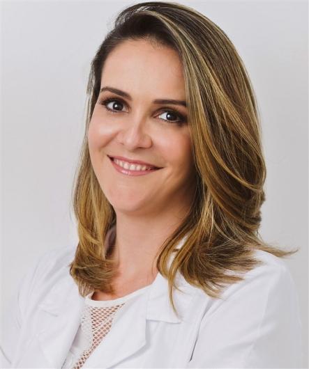 Isis Oliveira