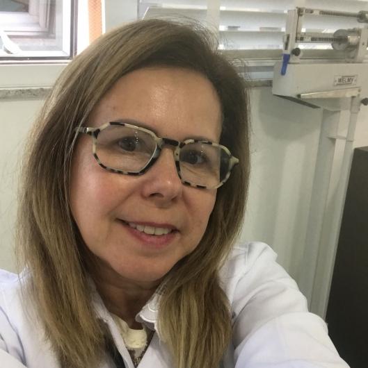Ana Lucia Silveira Rusky