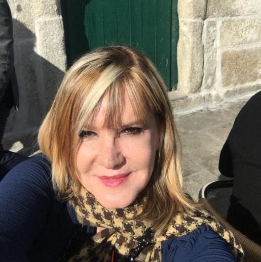 Candida Elena Alves de Barros Regina