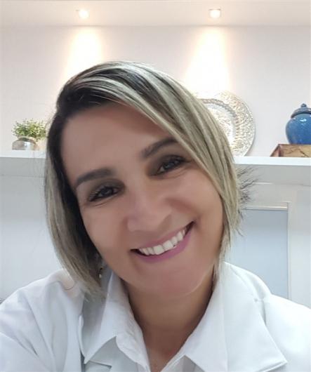 Ariane de Castro Coelho