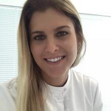 Juliana Costa P. Quadros - Dentista Salvador