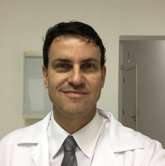 bons médicos vasculares perto de mim