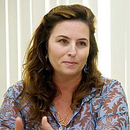 Adriana Sperândio