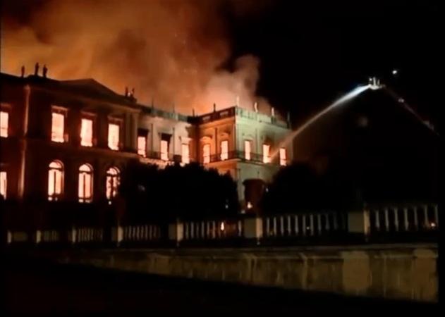Incêndio no Museu do Rio de Janeiro X Manutenção nas Instalações Elétricas