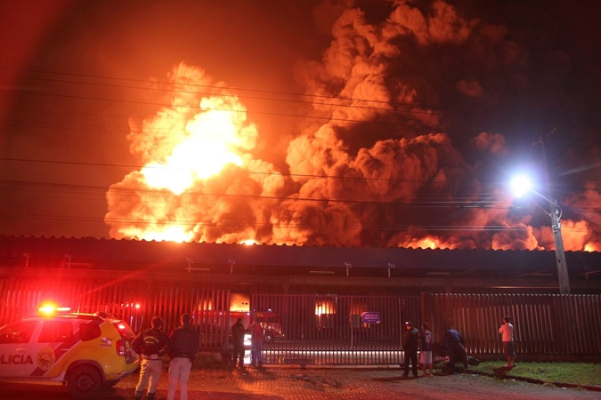 Eventos da Abracopel em Curitiba revelam aumento de incêndios no Sul e conscientizam profissionais para os perigos da eletricidade