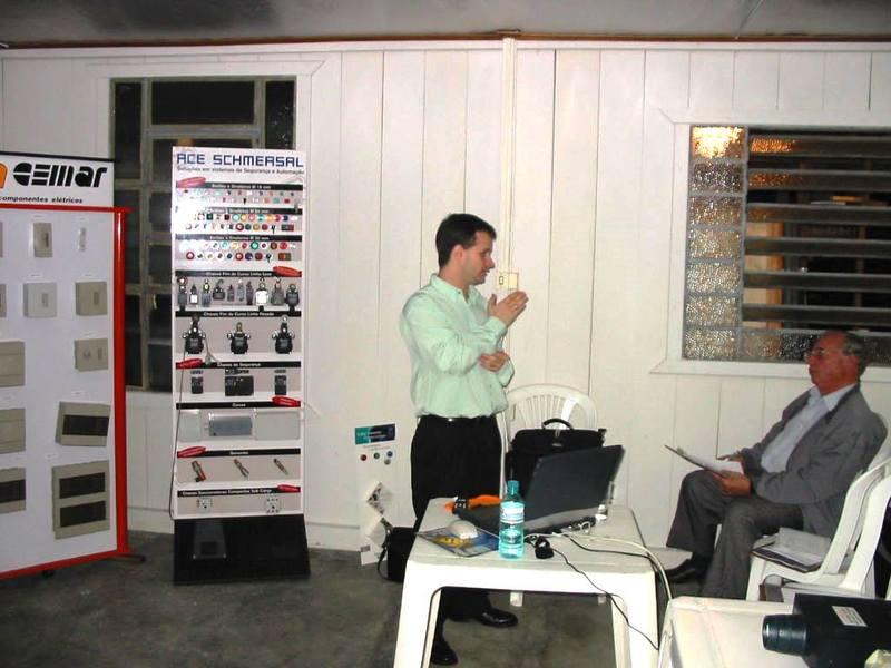 Primeira palestra ministrada por Fábio Amaral na Reymaster Materiais Elétricos