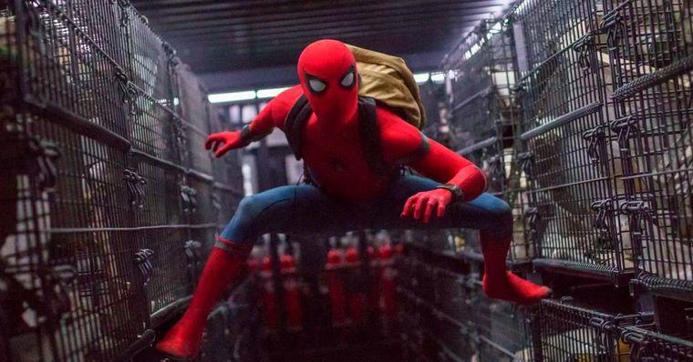 Antes de qualquer coisa, Tom Holland ainda é o Homem-Aranha principal no Universo Marvel dos cinemas.