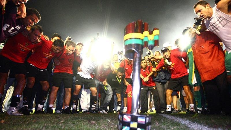 O elenco do Sport era bastante unido em 2008.
