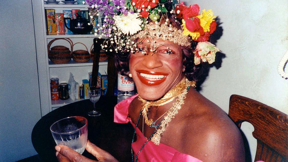 Marsha P. Johnson, mulher negra transsexual na linha de frente dos protestos