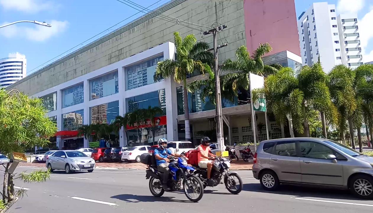 shoppings abrem em Recife