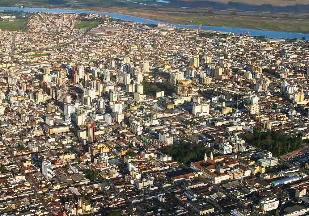 Isabela Flores em Pelotas Foto 1