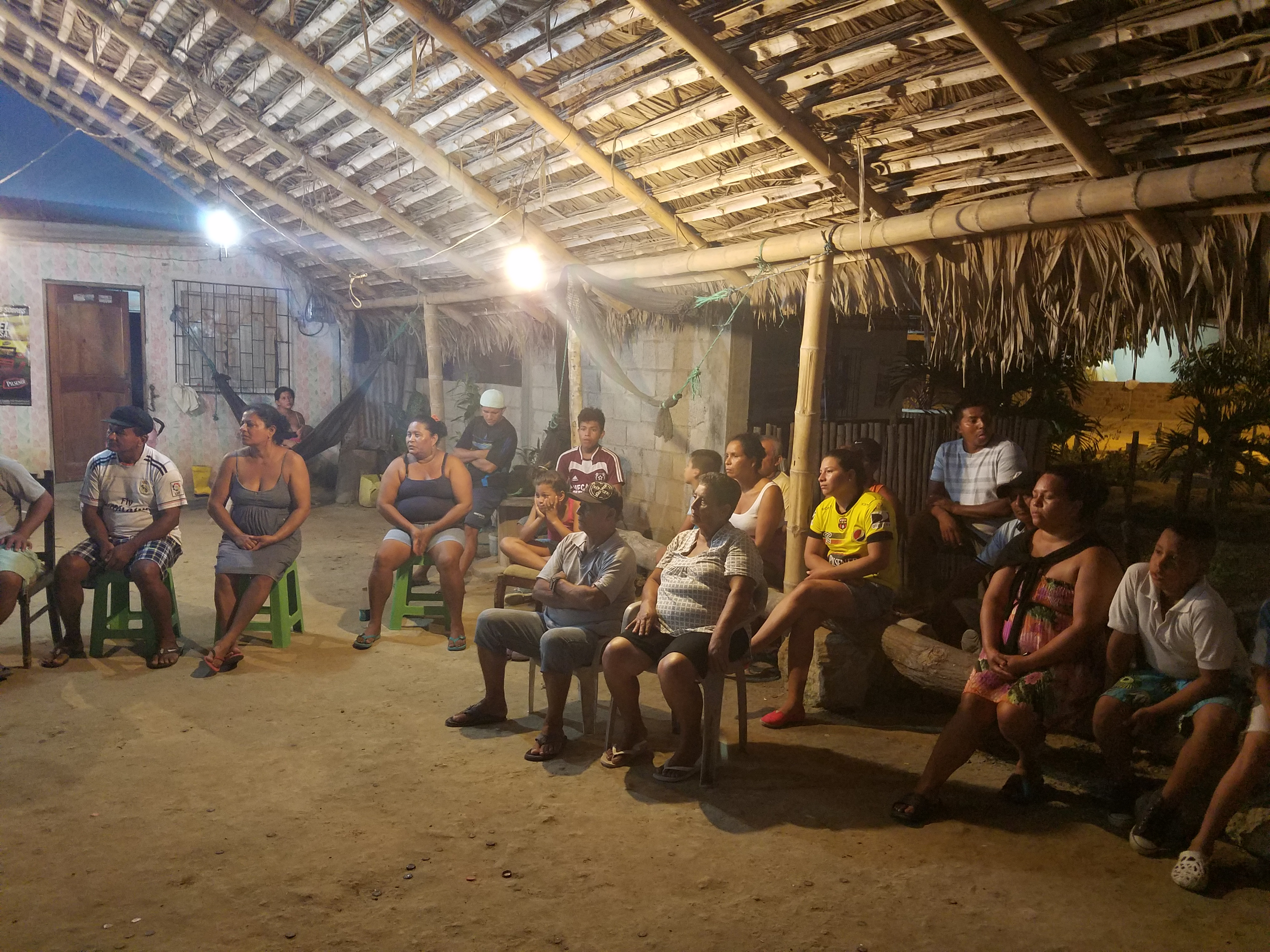 Revive community tourism at the heart of Isla Corazón