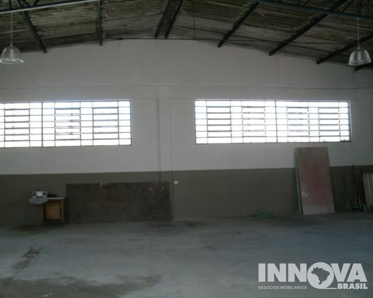 Barracão à Venda - Jardim Gonzaga