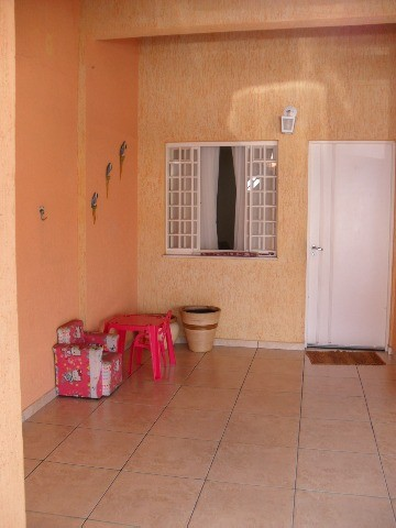 Total Imóveis - Casa 3 Dorm, Jardim das Tulipas - Foto 2