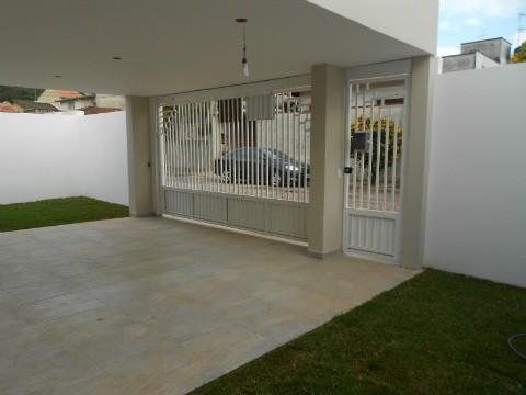Total Imóveis - Casa 3 Dorm, Jardim das Carpas