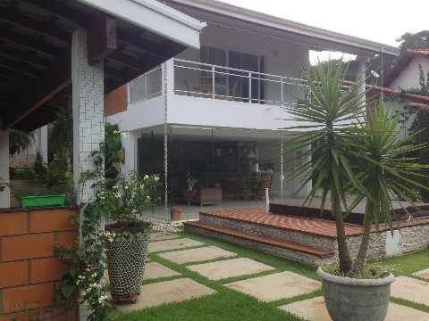 CASA RESIDENCIAL EM CAJAMAR - SP. CAPITAL VILLE I - SERRA DOS LAGOS (JORDANESIA)
