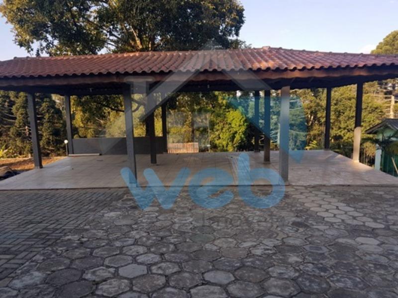 Chácara em condomínio fechado, na Estrada do Ganchinho em Mandirituba.