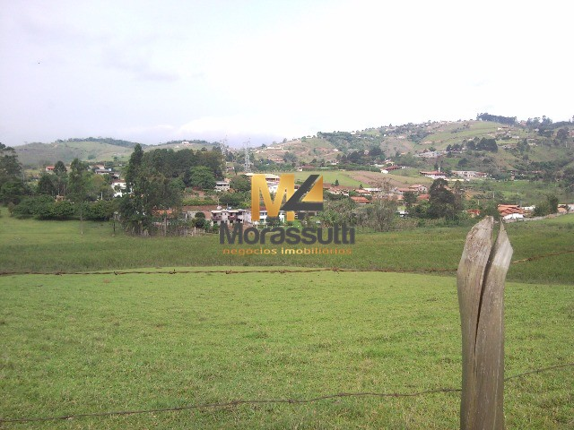 ?reas para vender no bairro Vitoria Regea em Atibaia SP