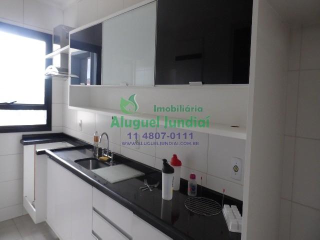 Ótimo apartamento na Vila das Hortencias, 3 dormitórios sendo 1 suíte com closet, banheiro, lavabo, sala 2 ambientes com sacada, cozinha e área de ser
