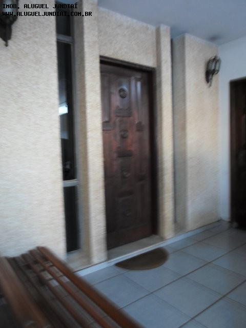 Ótima casa à VENDA no bairro Anhangabaú, Jundiaí