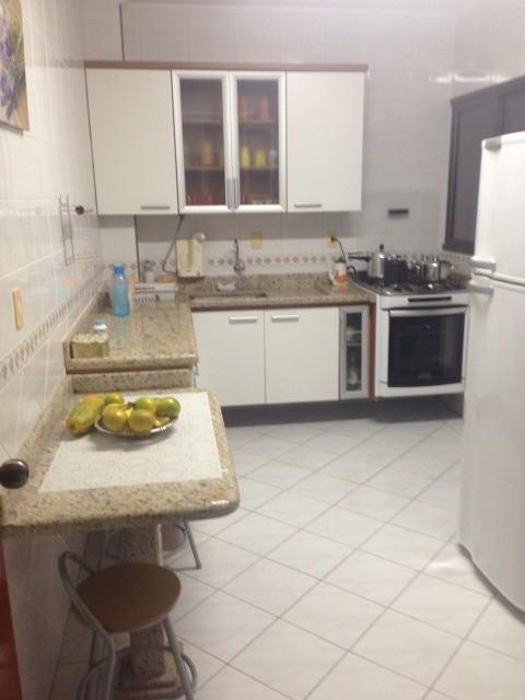 Ótimo apartamento a venda no Boqueirão da Praia Grande