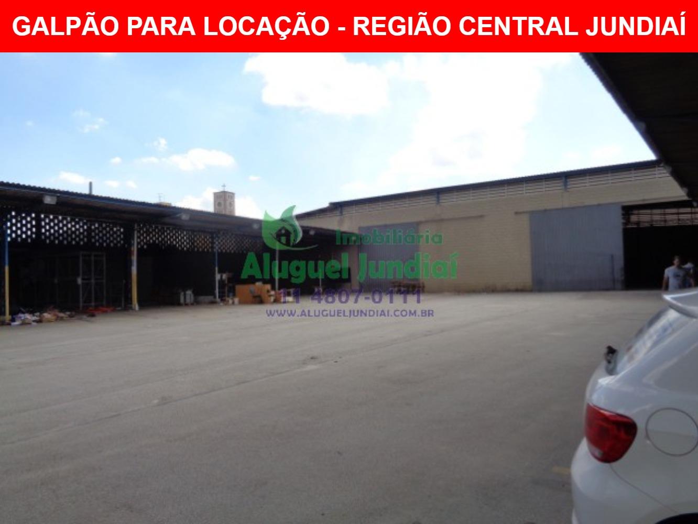 Excelente galpão para locação em Jundiaí na avenida 14 de Dezembro, 2981m² terreno e 1991m² de área construída, 150m² área administrativa (podendo aum