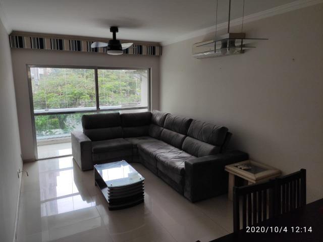 Apartamento p/VENDA no GUARUJÁ  a duas quadras da praia Pitangueiras, MOBILIADO