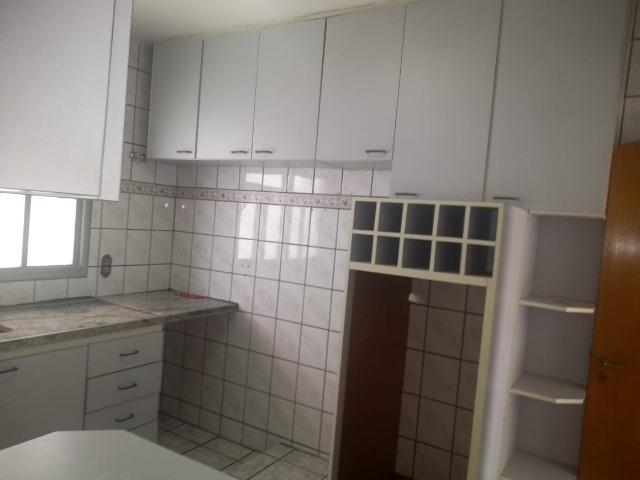 Casa/Sobrado p/locação Comercial no Parque União em Jundiaí c/2 dormitórios (sendo 1 suite c/porta balcão p/varanda frontal), várias vagas