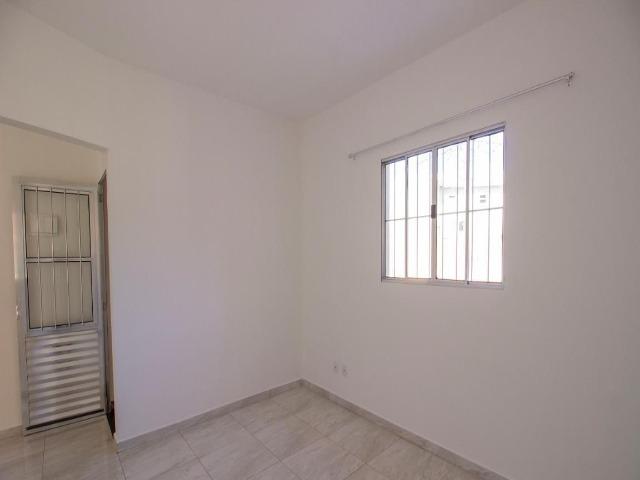 CASA DISPONÍVEL PARA LOCAÇÃO 70m² VÁRZEA PAULISTA (JARDIM BRASIL) 2 dormitórios, Sala ampla de estar, Cozinha c/ gabinete. 1 banheiro social. Lavander