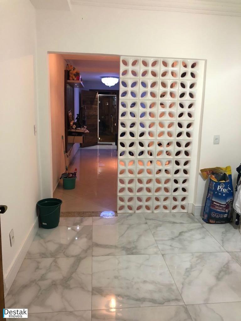 Casa em Água Limpa  -  Volta Redonda - RJ