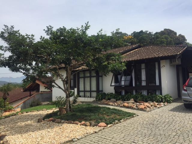 Casa à venda  no Floresta - Joinville, SC