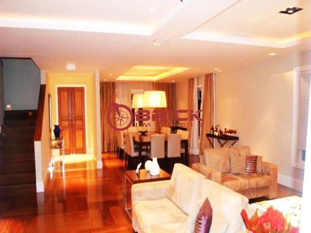 Casa para Alugar  à venda em Várzea, Teresópolis - RJ - Foto 4