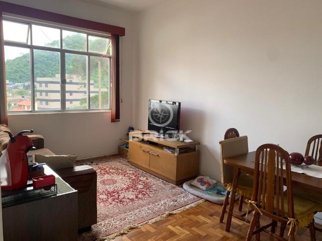Apartamento de 2 quartos no Alto